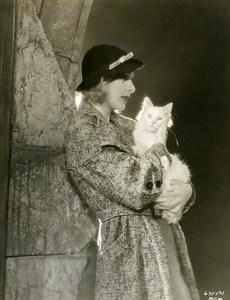 Karen Morley portrait white cat MGM Photo 1932