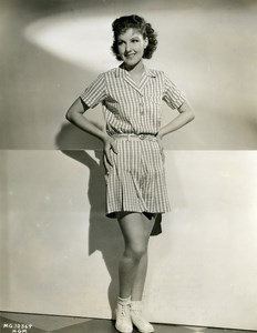 Jean Parker wearing a set of sport fabric tiles MGM Photo 1932