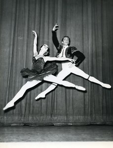 France Paris American Ballet Theater Petipa Don Quixote Old Photo Bernand 1960
