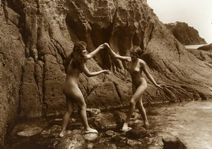 France Risque Nude Study 2 Women Outdoor Cliff Water Old Marcel Meys Photo 1920