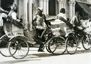 India scene from everyday life Cycle Rickshaw Drivers Old photo 1960