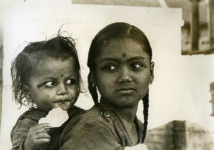 India Scene from Everyday Life Children Portrait Old photo 1960
