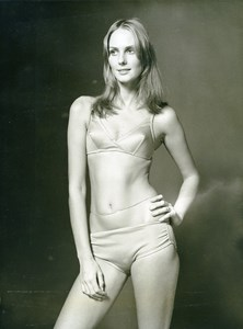 France Paris Arnel Swimsuit Fashion Woman Portrait Study Seventies Photo 1970