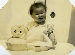 USA Hawaii Honolulu Japanese Baby Traditional Fashion Doll Old Photo 1948