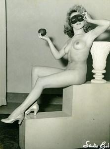 France Villeneuve le Roi Woman Nude Study Risque Old Photo Studio Bob 1950