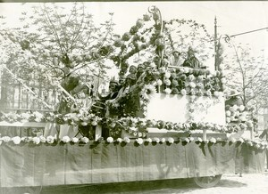 France Paris Foire du Trone Float Parade Flowers Old Photo 1924