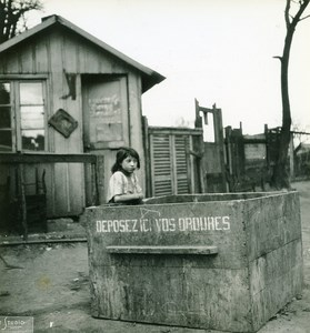 France Paris WWII Guerre Occupation Allemande Enfant Bidonville Porte d'Ivry Ancienne Photo 1942