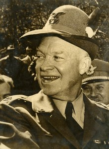 General Eisenhower in Italy Wearing Alpini Hat Gift Old Press Photo 1951
