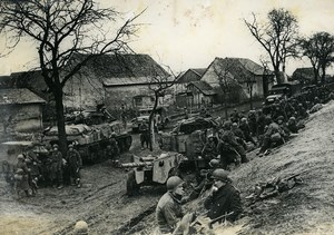 Germany ? WWII Relief Troops Waiting Old Press Photo 1945