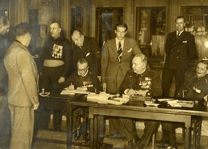 France Paris WWII Enlisting Garibaldian Volunteers Garibaldi Press Photo 1939