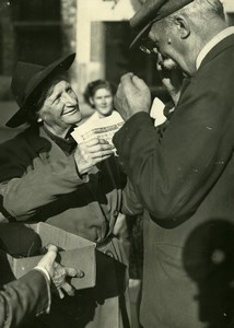 France Paris Charity Reading Glasses distribution for Old People Old Photo 1947