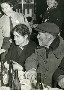 France Paris Charity Salvation Army Christmas Eve Meal Old Photo 1948