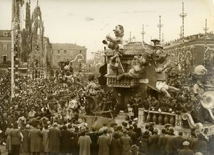 France Nice Celebration Carnival Corso Floats Parade Carnaval Old Photo 1955