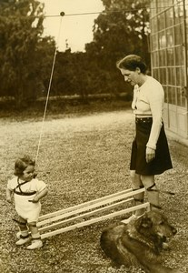 Switzerland Lugano Walking Learning Machine Toddler & Mum Old Photo 1939