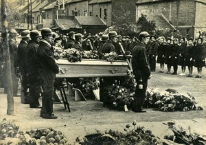 France Nord Sallaumines Funeral Victims Courrieres Mine Mining Old Photo 1948