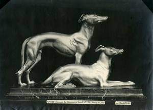 France Paris Art Deco Atelier Cadran création de Bartelletti Groupe de Levriers Ancienne Photo 1930