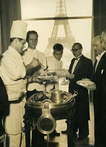 France Paris Chefs working for the UN Eiffel Tower Old Photo 1948