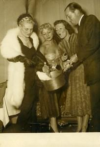 France Paris Casserole Club at Restaurant Lasserre Theatre Michel Old Photo 1950