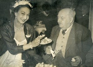 France Paris Gastronomy Curnonsky Tasting Rice Condé Miss Montez Old Photo 1951
