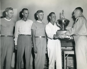 USA Golf Competition Presentation of Trophy Sports Old Photo 1960