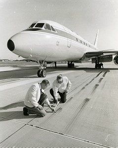 USA Wallops Island Engineer Horne & Yager Research Runway Old Photo NASA 1968