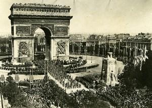 France Paris WWI Victory Parade Crowd at Arc de Triomphe Old Photo Trampus 1919