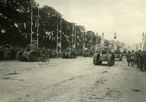 France Paris Victory Parade Tanks Champs Elysees Old Photo Trampus 1919