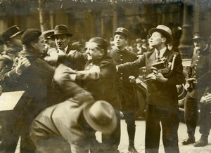 France Paris Prince of Wales Fight between Police and Reporters Old Photo 1935