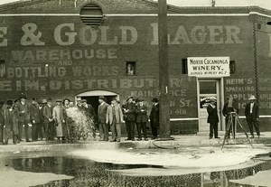 USA Los Angeles Prohibition Wine Dumping North Cucamonga Winery Old Photo 1920