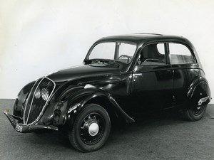 France Automobile Car Peugeot Berline 202 Old Photo 1970