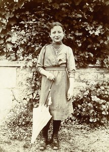 Daily Life in France Young Girl & Umbrella Old Amateur Photo 1900