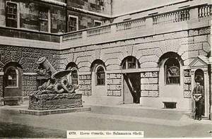 United Kingdom London Londres Horse Guards Salamanca Shell Old Photo 1900