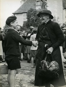 France Brugheas Parisian Children Refugees Old Photo Trampus October 1940?