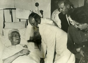 Syria Indian President Nehru meet Fares al-Khoury Hospital Old Photo 1960