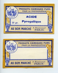 France Paris 2 Etiquettes Acide Pyrogallique Produits Photographique Photo Au Bon Marché 1900