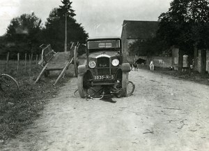 France Memories of a Tow Truck Peugeot Car Bicycle Accident Old Photo 1935