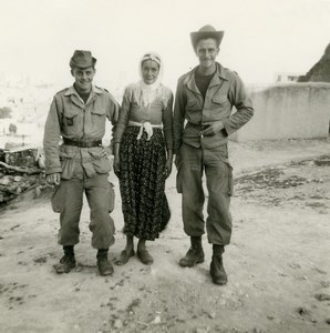 Algeria Independence War French Soldiers & Algerian Woman Old Photo 1960