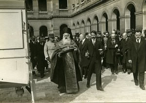 Poincaré visiting Romanian Ambulances Paris WWI Photo Identite Judiciaire 1916