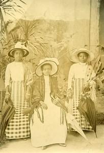 Madagascar Women Ethnic group Betsimisaraka Fashion Old Photo Ramahandry 1910'