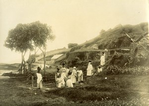 Madagascar Porteuses d'eau au puits Ancienne Photo Ramahandry 1910'