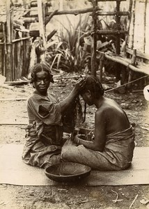 Madagascar Salon de coiffure Coiffeuse Ancienne Photo Perrot 1910'