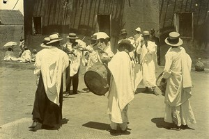 Madagascar Musiciens malgaches Orchestre de Rue Ancienne Photo Ramahandry 1910'