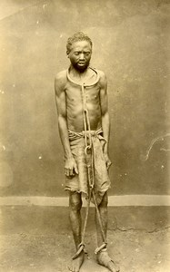 Madagascar Prisonier condamné aux fers Ancienne Photo Ramahandry 1910'