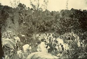 Madagascar Bain de Groupe dans la Fôret Ancienne Photo Ramahandry 1910'