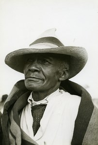 Madagascar Portrait Homme de type Hova Ancienne Photo 1950