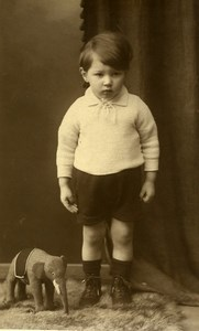 France Garconnet et Jouet Eléphant Jeu d'Enfants Ancienne Photo 1920