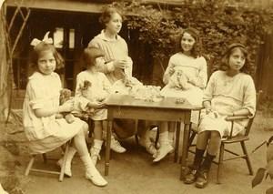 France Animaux en Peluche et Broderie Jeu d'Enfants Ancienne Photo Amateur 1920