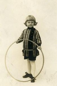 France Douai Cerceau Jeu d'Enfants Costume Ancienne Photo Baron 1925
