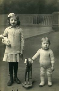 France Poupée & Cheval de Bois a Tirer Jeu d'Enfants Ancienne Photo 1920