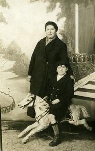France Garcon sur Cheval de Bois Jeu d'Enfants Ancienne Photo 1920